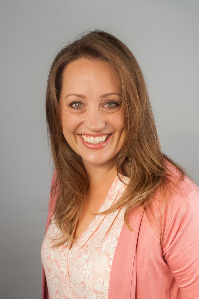 headshot Valerie Sauter